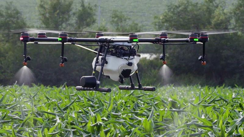 drone pertanian pestisida